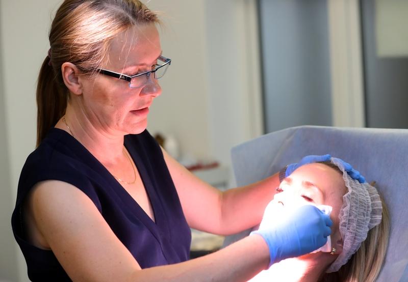 dr Magdalena Dembińska - certyfikowany trener firmy Allergan