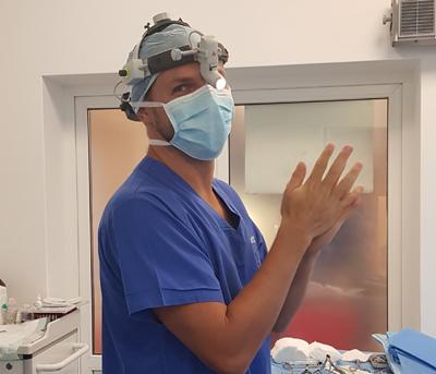 dr Grzegorz Jamro - specjalista laryngolog