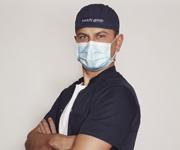 dr Paweł Szakoła - chirurg